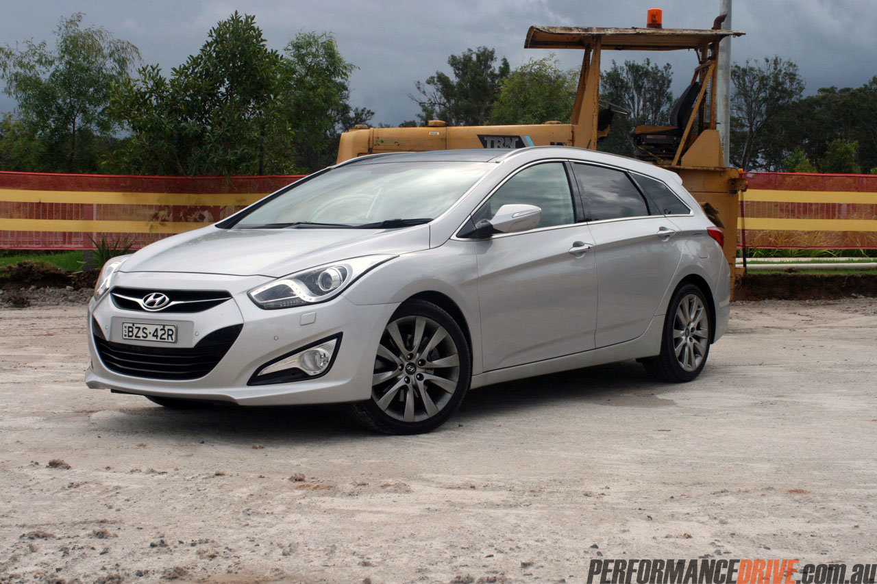 2012 hyundai i40 premium review quick spin performancedrive. Black Bedroom Furniture Sets. Home Design Ideas