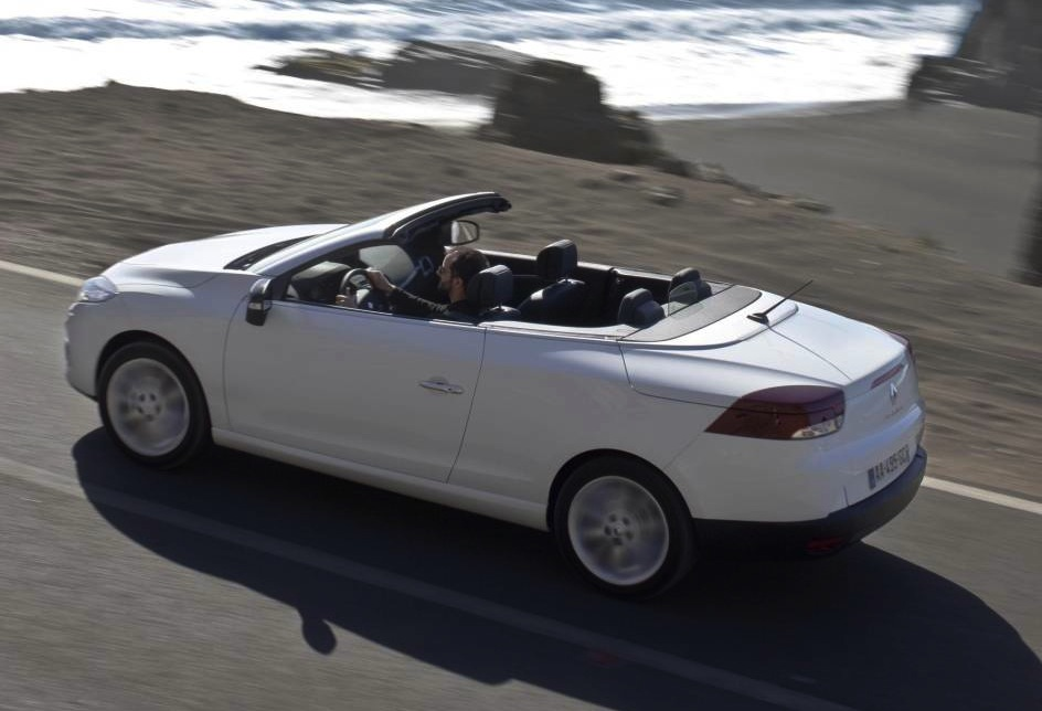 Renault megane coupe cabriolet summer edition annouced for australia performancedrive - Megane 3 coupe cabriolet ...