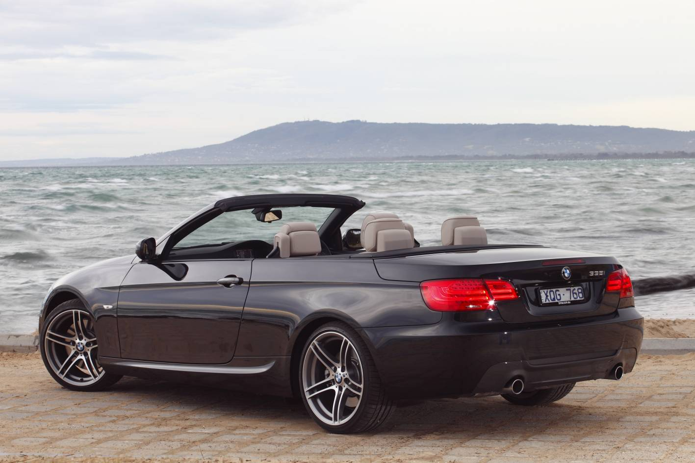 bmw 3 series coupe and convertible now with added value. Black Bedroom Furniture Sets. Home Design Ideas