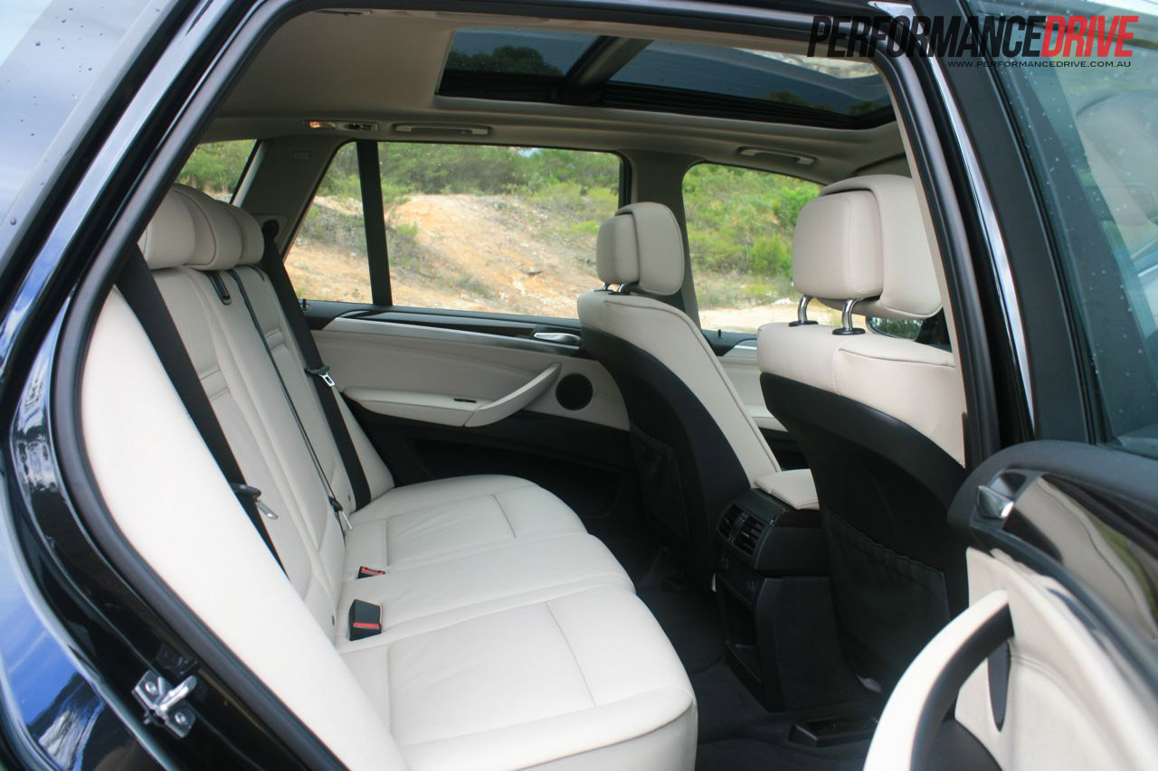 2012 bmw x5 xdrive30d rear seats. Black Bedroom Furniture Sets. Home Design Ideas