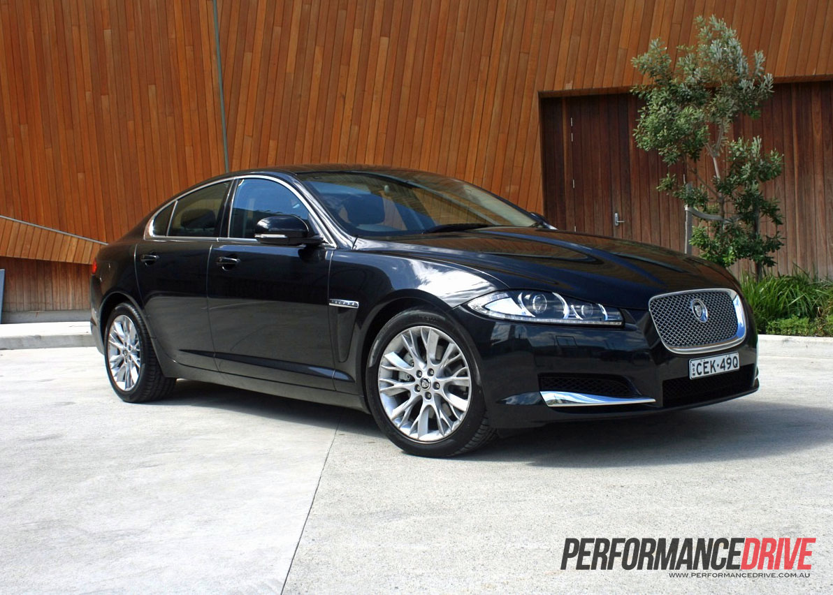 2012 jaguar xf 2 2d review performancedrive. Black Bedroom Furniture Sets. Home Design Ideas
