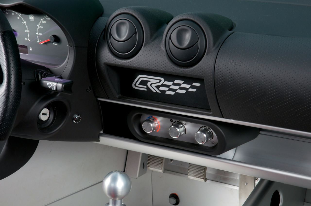 http://performancedrive.com.au/wp-content/uploads/2012/04/2012-Lotus-Elise-Club-Racer-dash.jpg