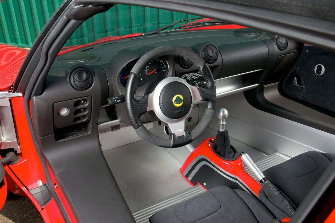 http://performancedrive.com.au/wp-content/uploads/2012/04/2012-Lotus-Elise-Club-Racer-interior.jpg