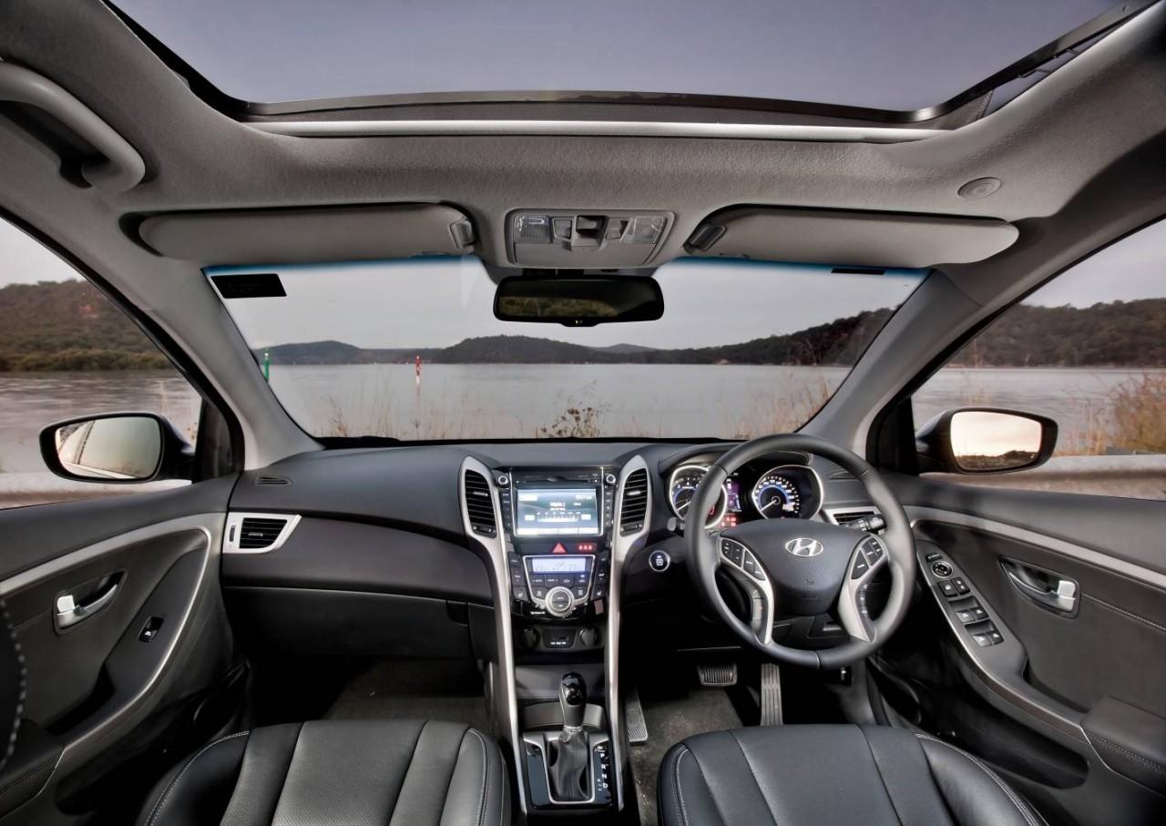 2012 hyundai i30 now on sale in australia performancedrive for Interior hyundai i30