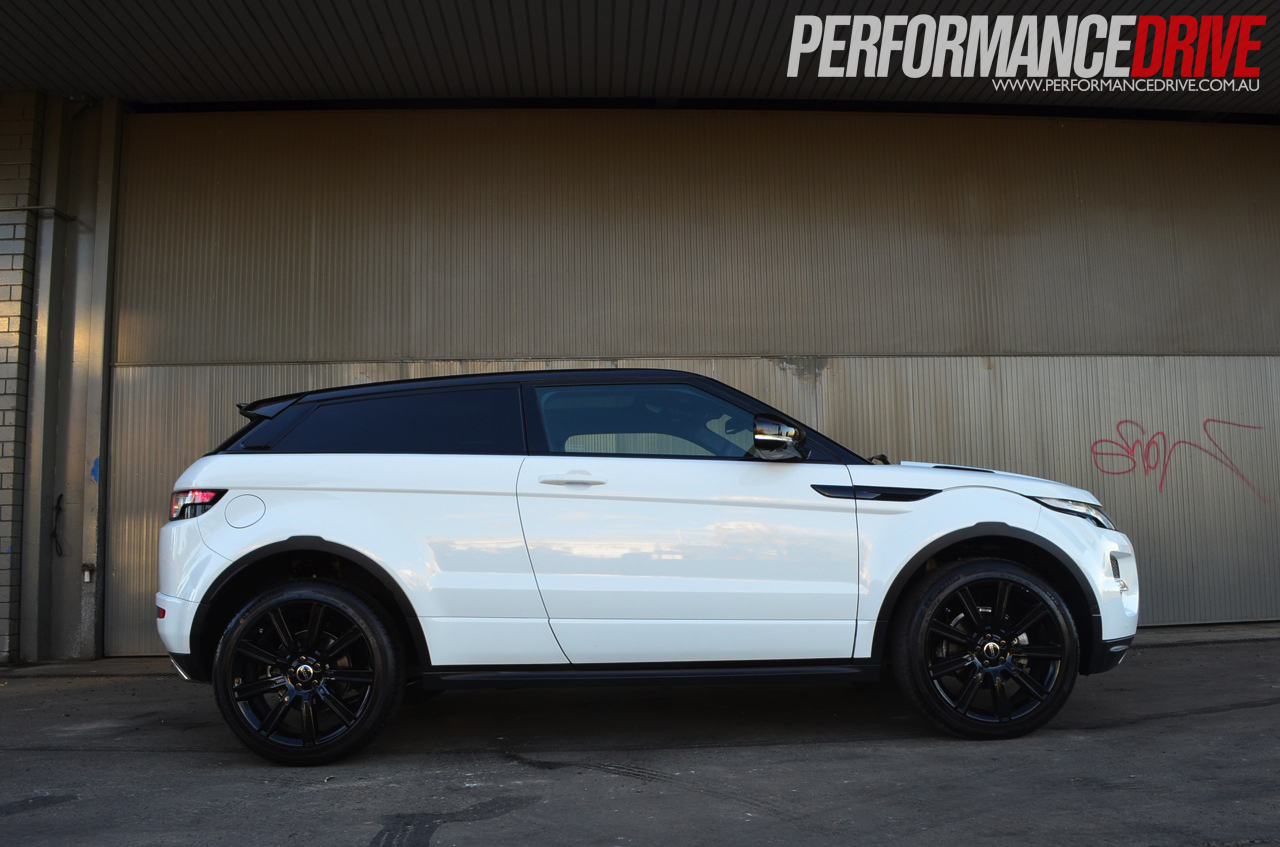 2012 range rover evoque dynamic si4 coupe review performancedrive. Black Bedroom Furniture Sets. Home Design Ideas