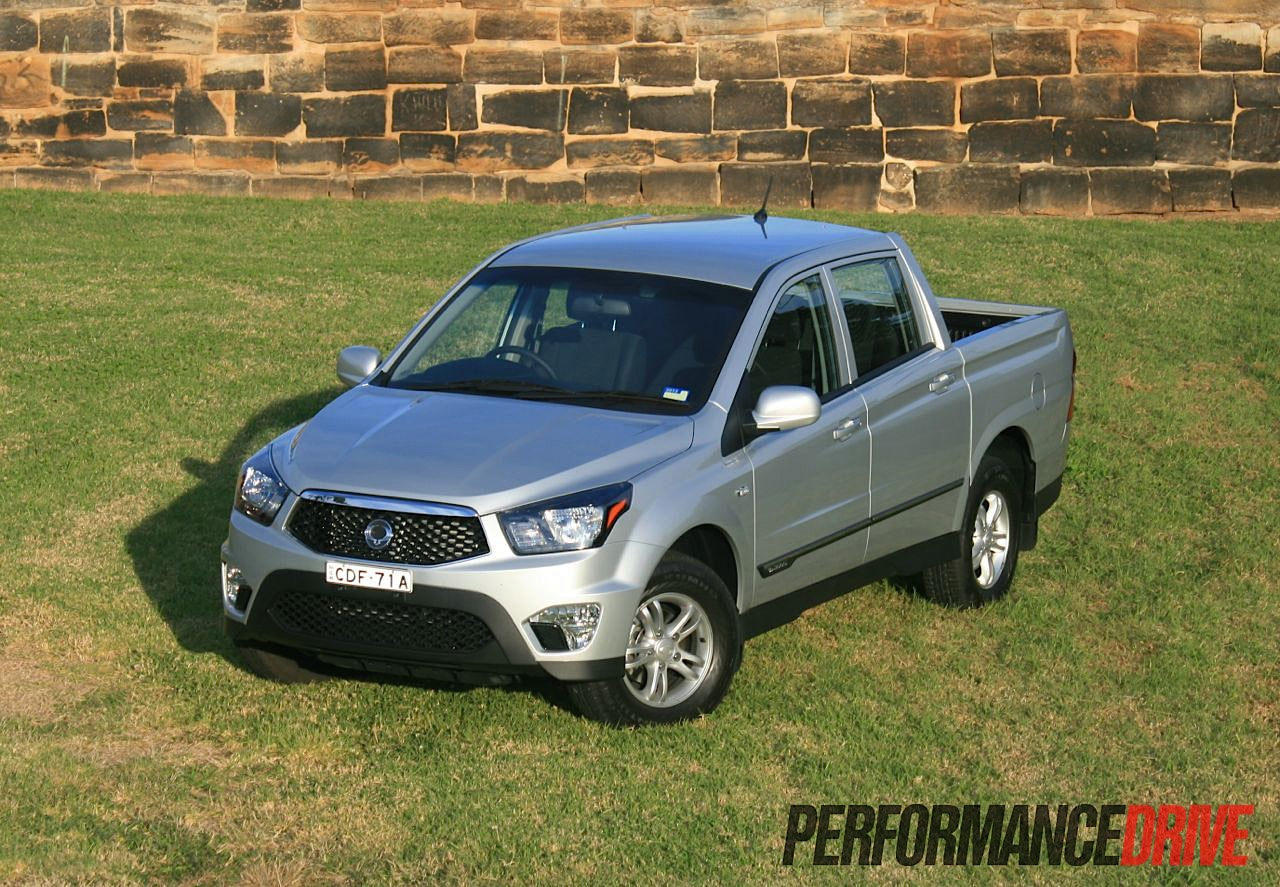 2012 ssangyong actyon sports sx review performancedrive. Black Bedroom Furniture Sets. Home Design Ideas