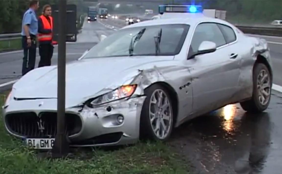 Maserati GranTurismo crash autobahn