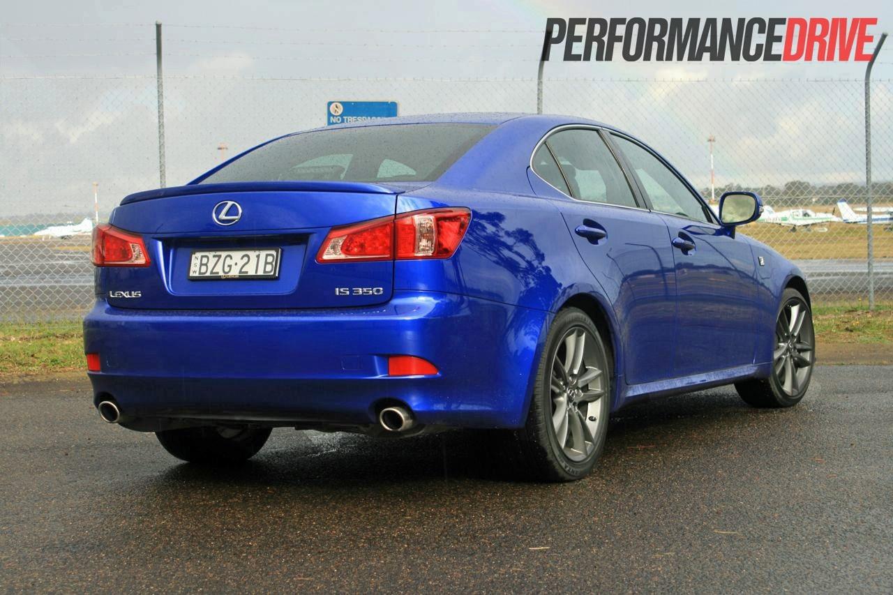 2012 lexus is 350 f sport rear |