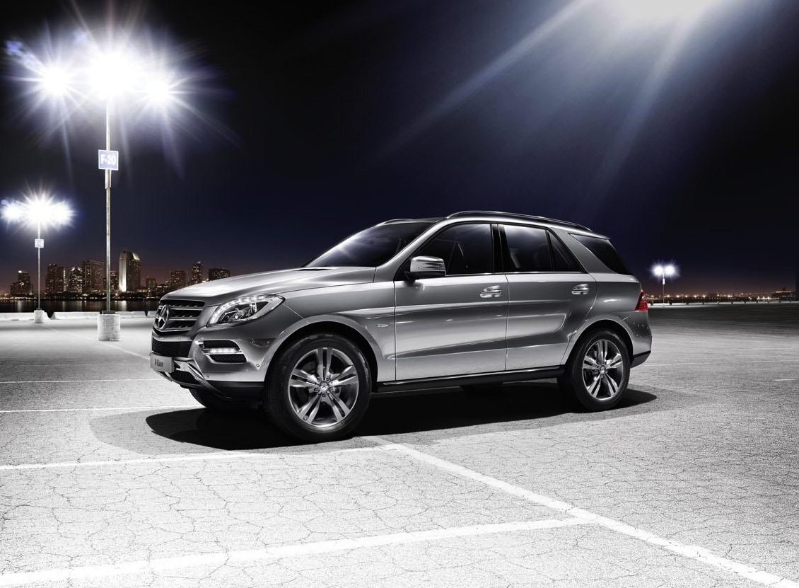 2012 mercedes benz ml 500 4matic blueefficiency revealed. Black Bedroom Furniture Sets. Home Design Ideas