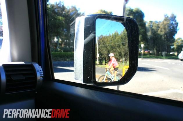 2012 Toyota Fj Cruiser Side Mirror Blind Spot