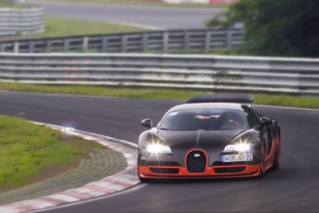 video bugatti veyron super sport going for nurburgring record performancedrive. Black Bedroom Furniture Sets. Home Design Ideas