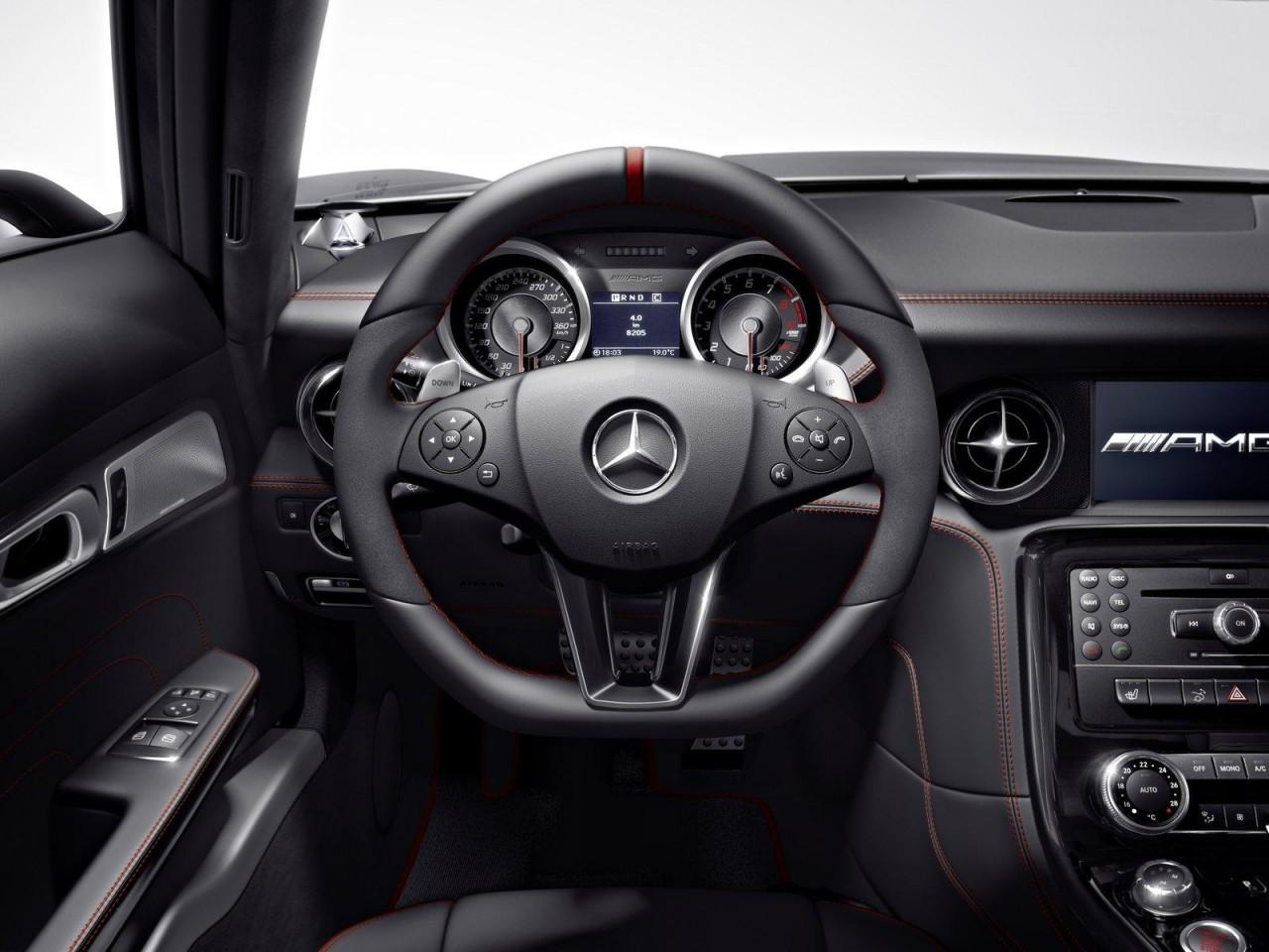 Alfa img showing gt sls amg gt roadster interior - Mercedes Benz Sls Amg Gt Dash
