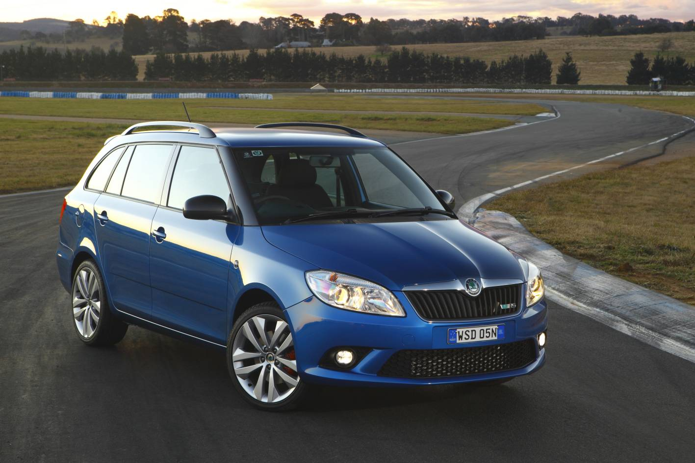 skoda fabia rs wagon. Black Bedroom Furniture Sets. Home Design Ideas