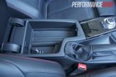 2012 BMW 320i Sport Line centre console USB