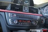 2012 BMW 320i Sport Line dash