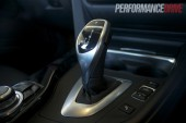 2012 BMW 320i Sport Line gear lever