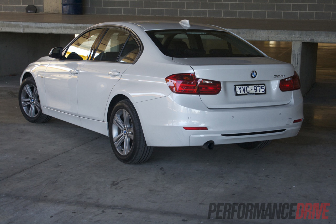 BMW I Sport Line Rear Side - 320i bmw 2012