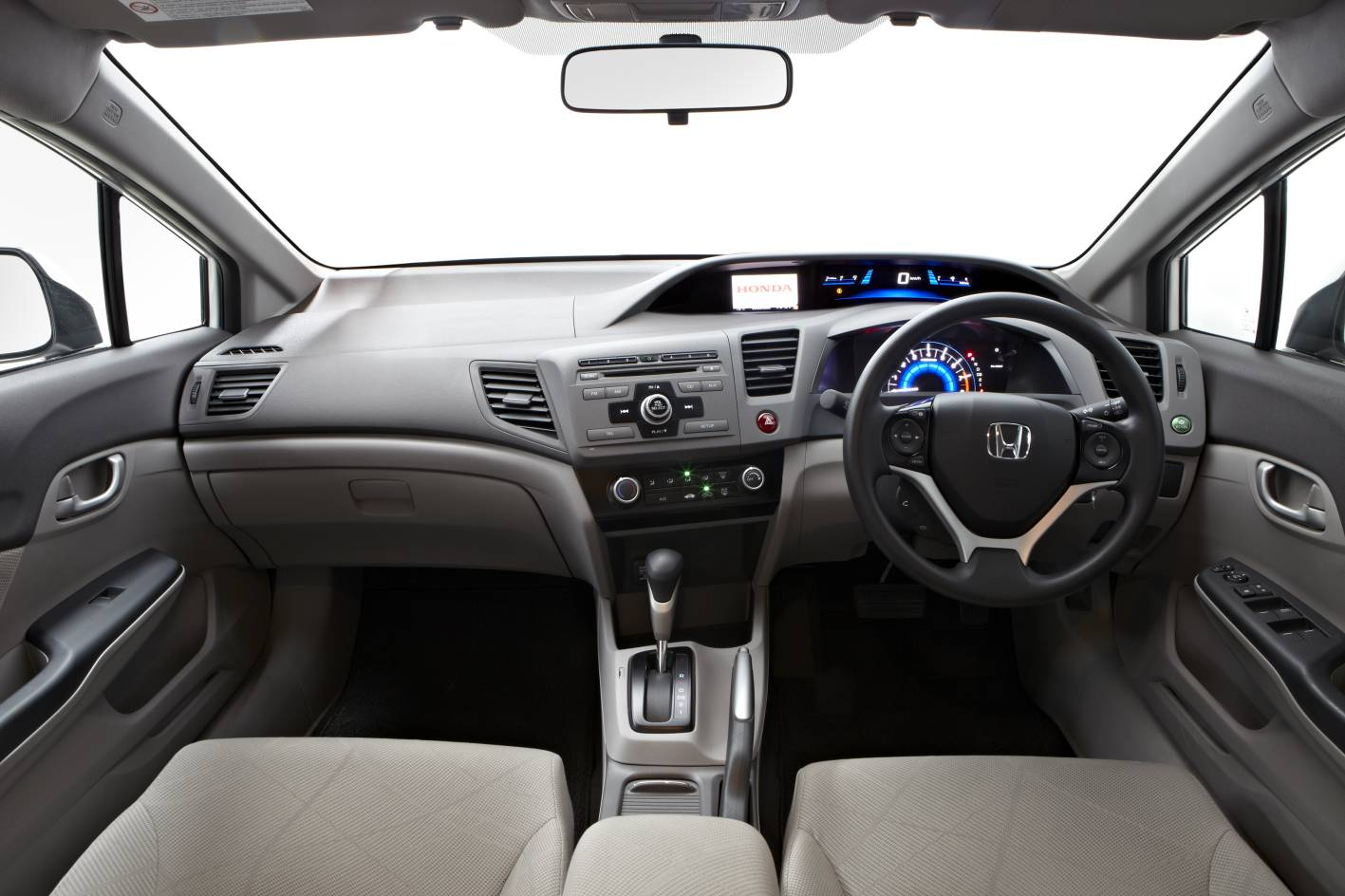 2012 Honda Civic VTi Series II interior |