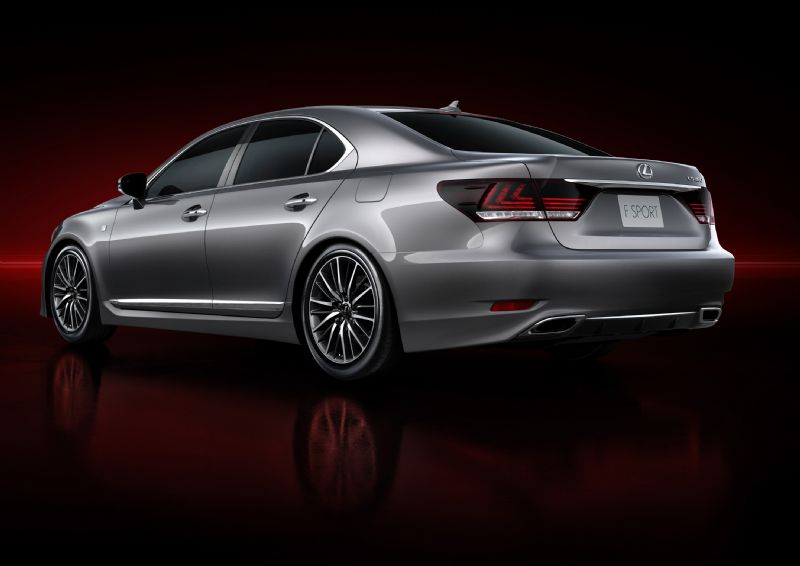 2013 lexus ls 460 revealed with f sport performancedrive. Black Bedroom Furniture Sets. Home Design Ideas