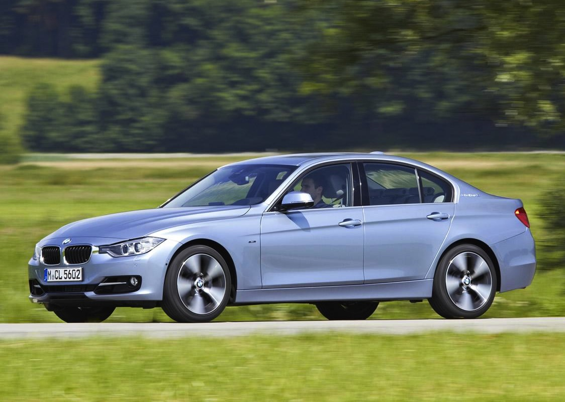 bmw activehybrid 3 revealed does 0 100km h in 5 3 seconds performancedrive. Black Bedroom Furniture Sets. Home Design Ideas