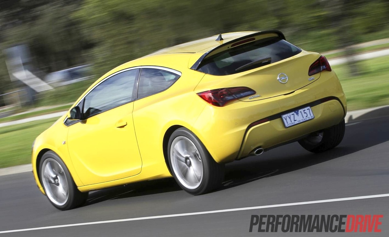 2012 opel astra gtc sport driving rear. Black Bedroom Furniture Sets. Home Design Ideas