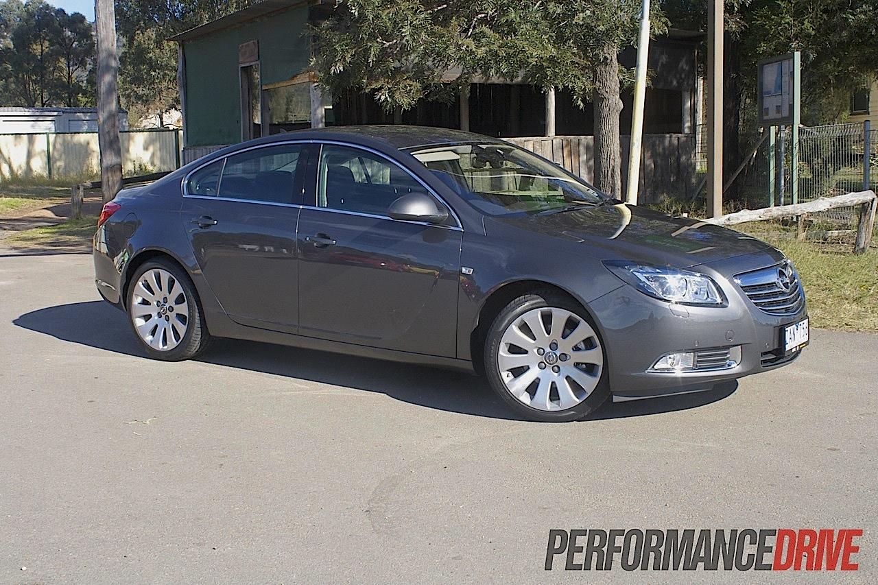2012 Opel Insignia Select sedan