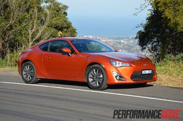 2012 Toyota 86 GT review (video) - PerformanceDrive