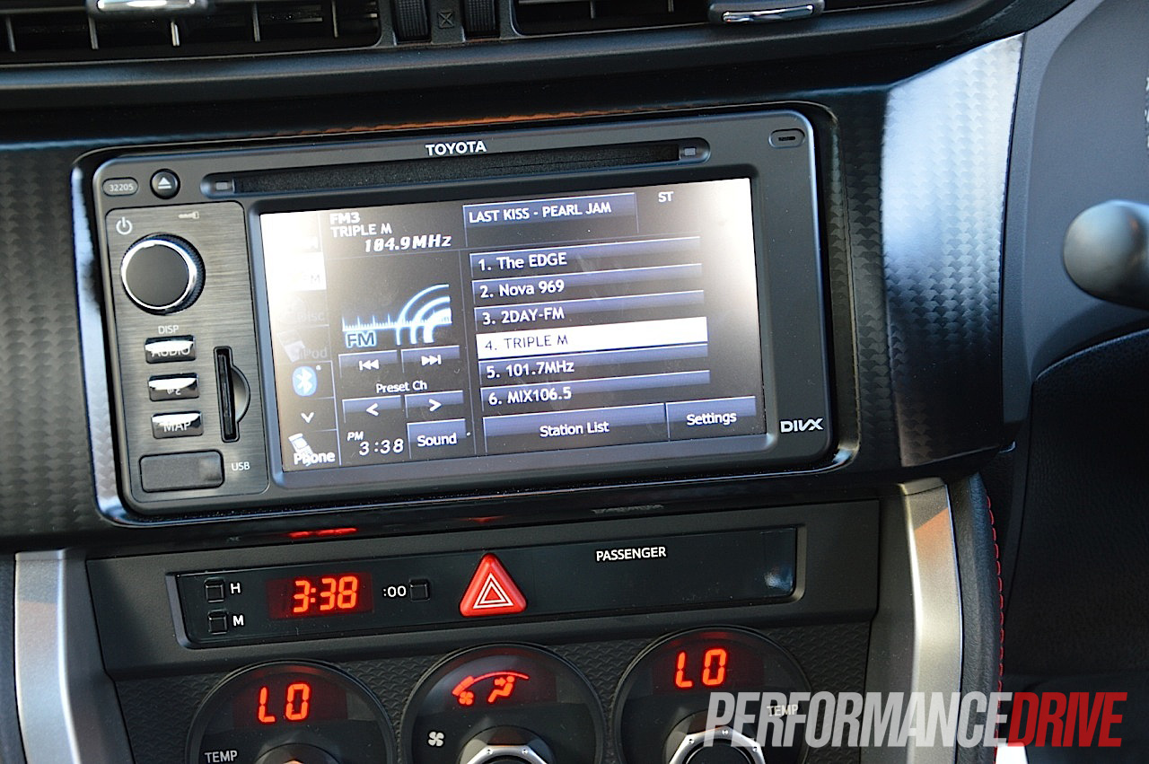 2012 Toyota 86 GTS sat-nav