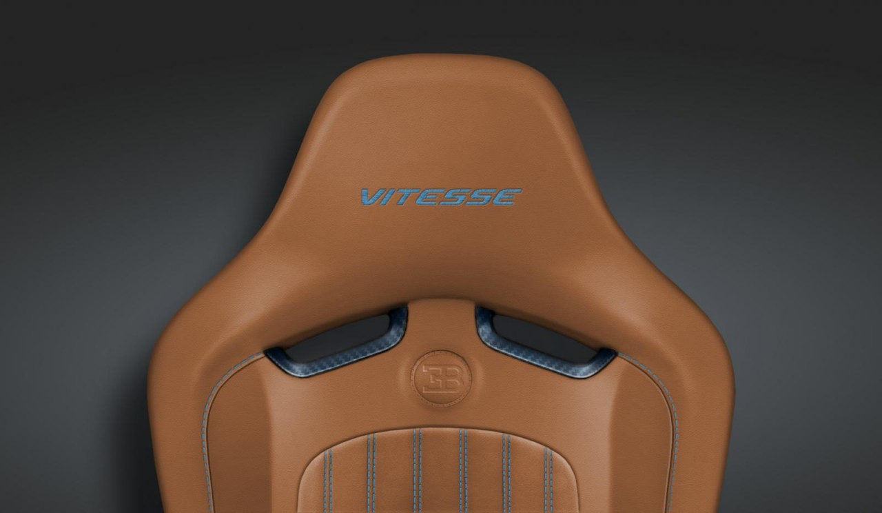 bugatti veyron grand sport vitesse se revealed at pebble beach performancedrive. Black Bedroom Furniture Sets. Home Design Ideas
