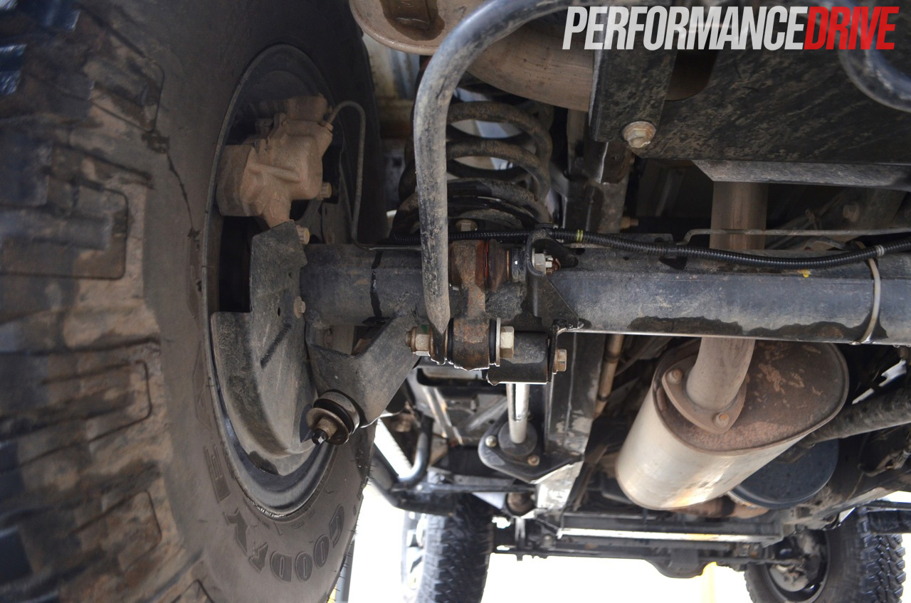 Land Rover Defender Front Suspension in addition En Rangerover Blok Salon additionally Def Clutch likewise Lr Mc additionally Rrp A Suspension Phase. on range rover parts diagram