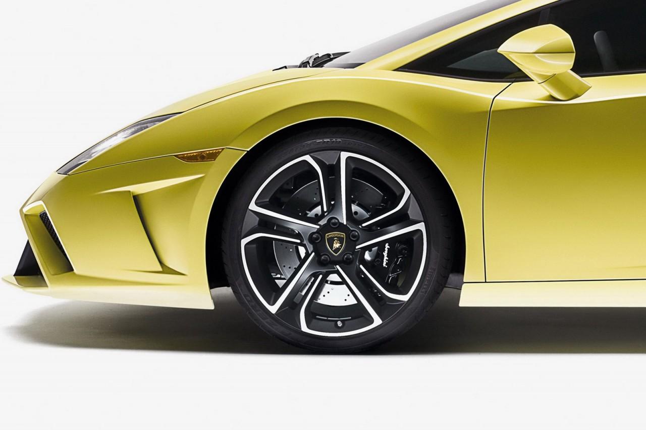2013 Lamborghini Gallardo Lp 560 4 Revealed At Paris Motor