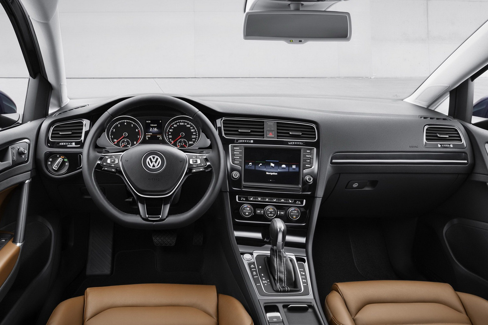 2013 volkswagen golf mk7 interior for Interior volkswagen golf
