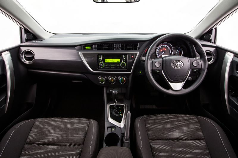 Toyota Corolla 2012 Interior Images Galleries With A Bite