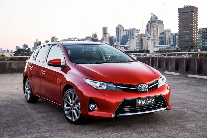 2016 toyota corolla hatch revealed with updated design 2017 2018 best cars reviews