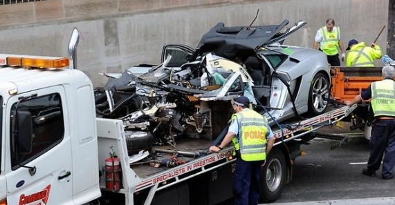 Lamborghini Gallardo Crashes In Sydney Driven By 20yo