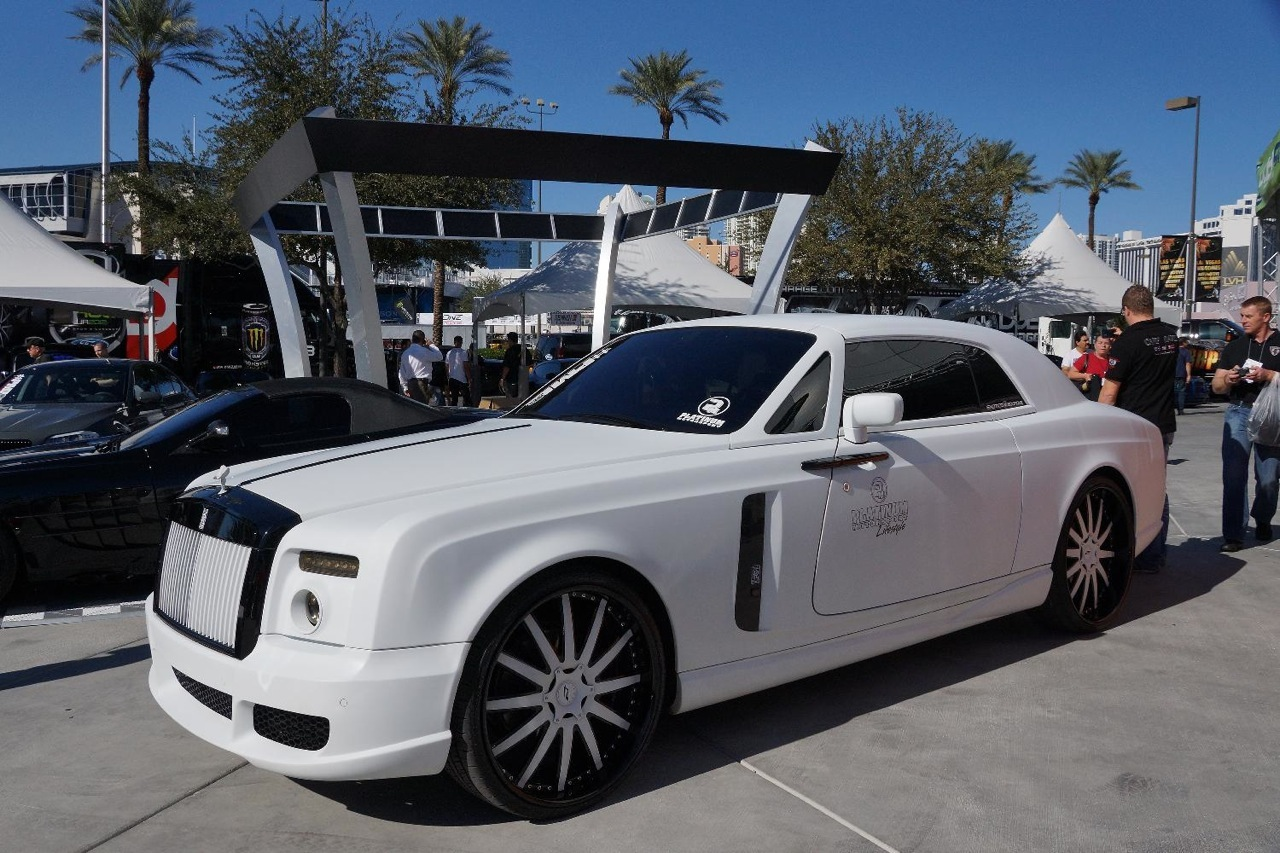 2018 rolls royce coupe. brilliant 2018 2012 sema showwhite rollsroyce phantom drophead coupe with 2018 rolls royce coupe