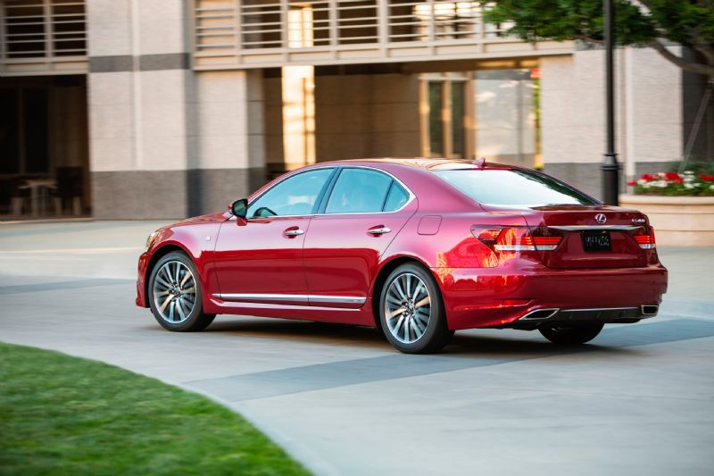 2013 lexus ls 460 ls 600h f sport on sale in february performancedrive. Black Bedroom Furniture Sets. Home Design Ideas
