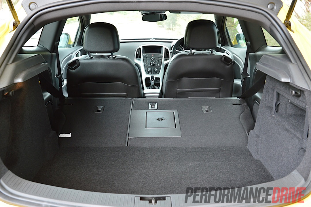 2012 Opel Astra Gtc Sport Full Cargo Space