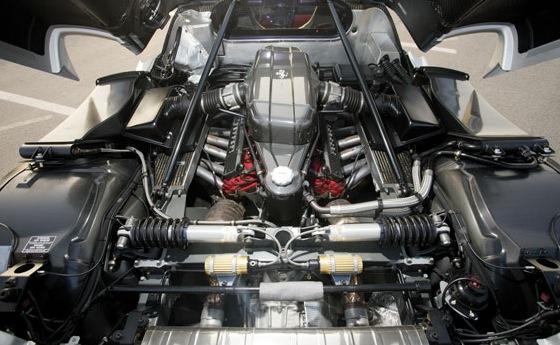 2003 Ferrari Enzo engine