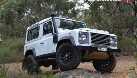 2012-Land-Rover-Defender-90-bush-driving