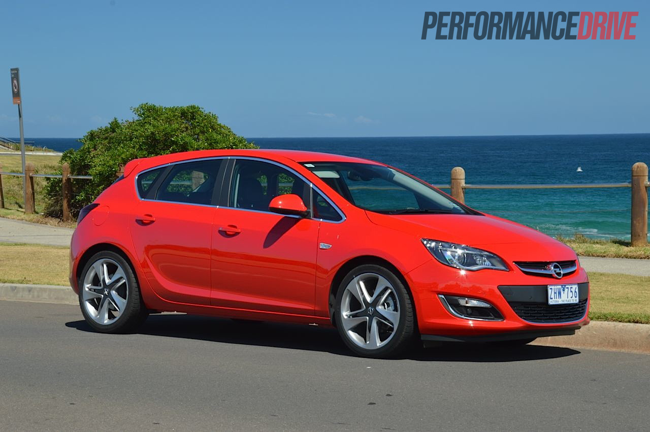 2012 Opel Astra Sport Power Red