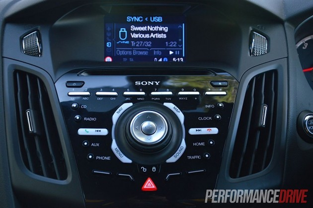 2013 ford focus st sync interface. Black Bedroom Furniture Sets. Home Design Ideas