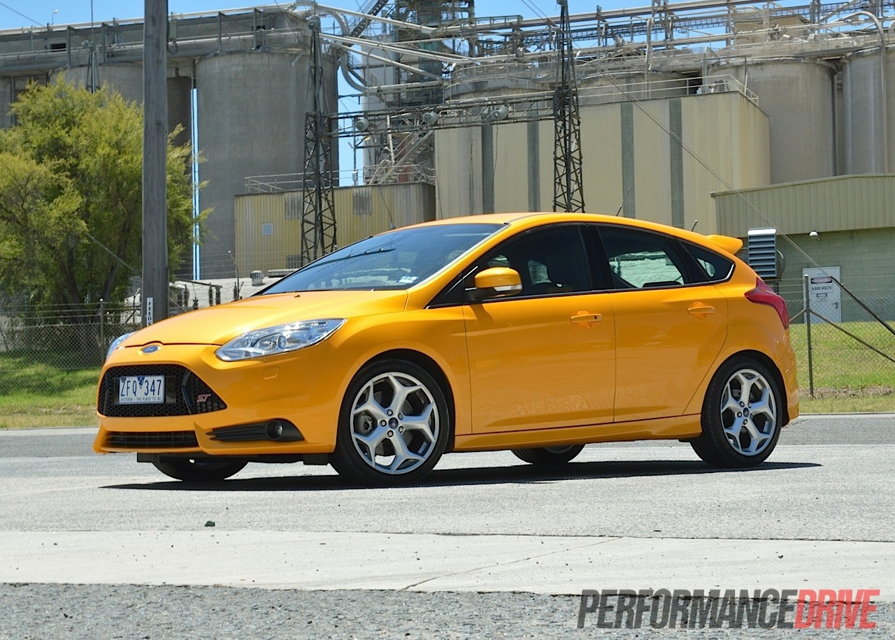 2013 ford focus st tangerine scream. Black Bedroom Furniture Sets. Home Design Ideas