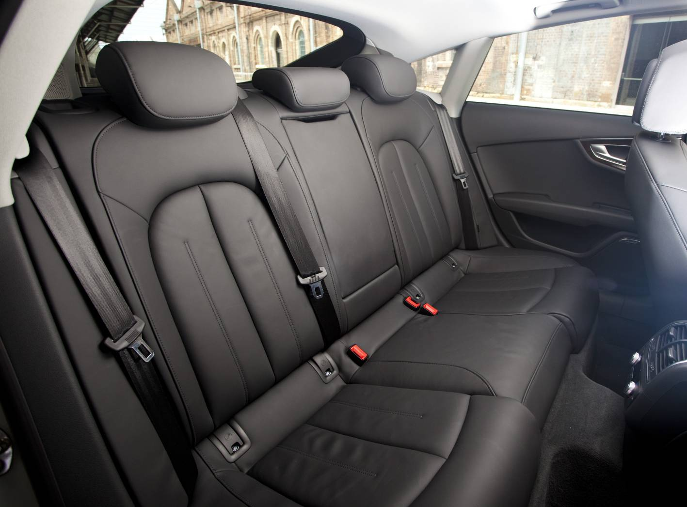 the gallery for audi a7 2013 back seat. Black Bedroom Furniture Sets. Home Design Ideas