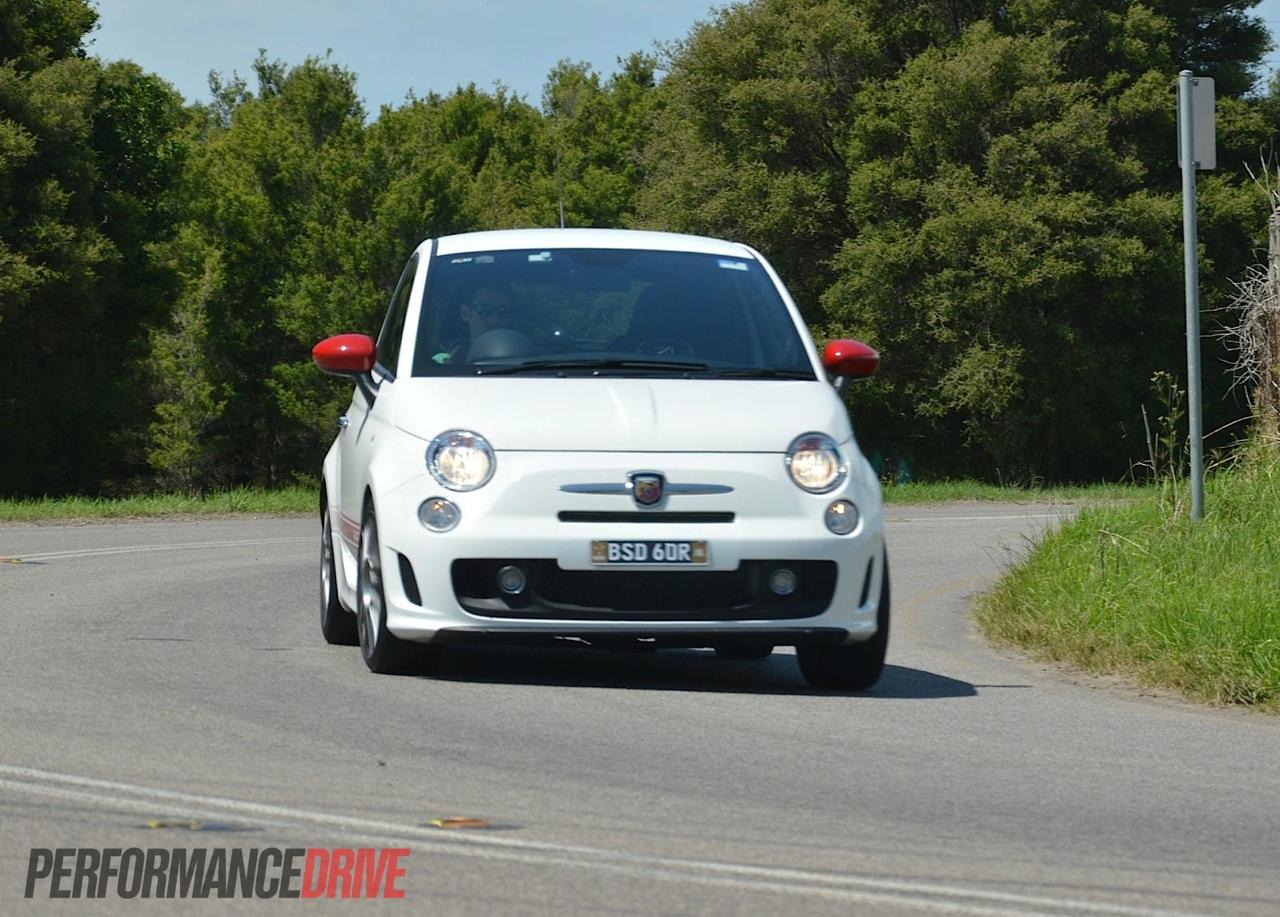 2013 Fiat 500 Abarth Esseesse handling |