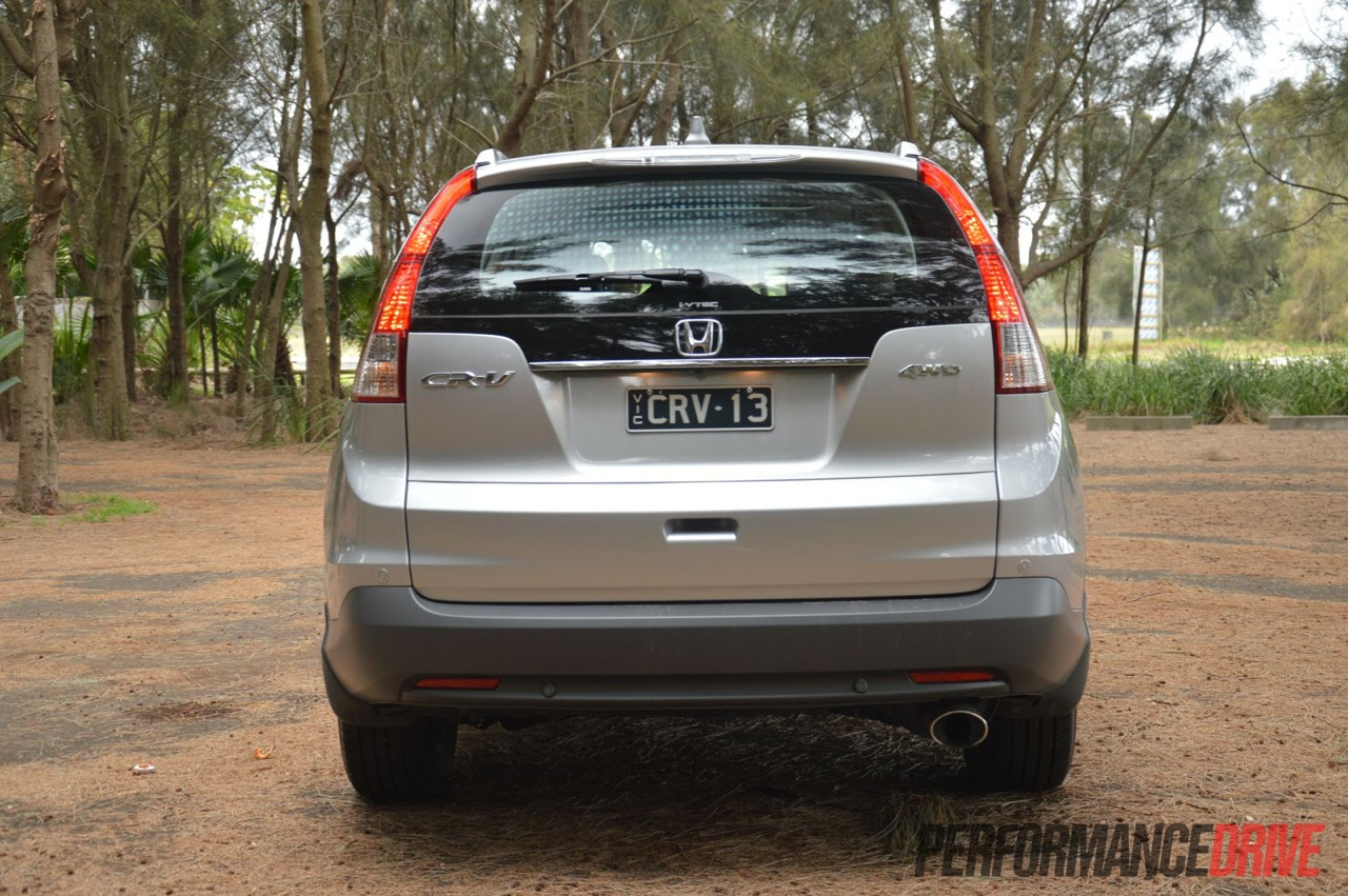 Honda CRV 2018 Price Mileage Reviews Specification Gallery