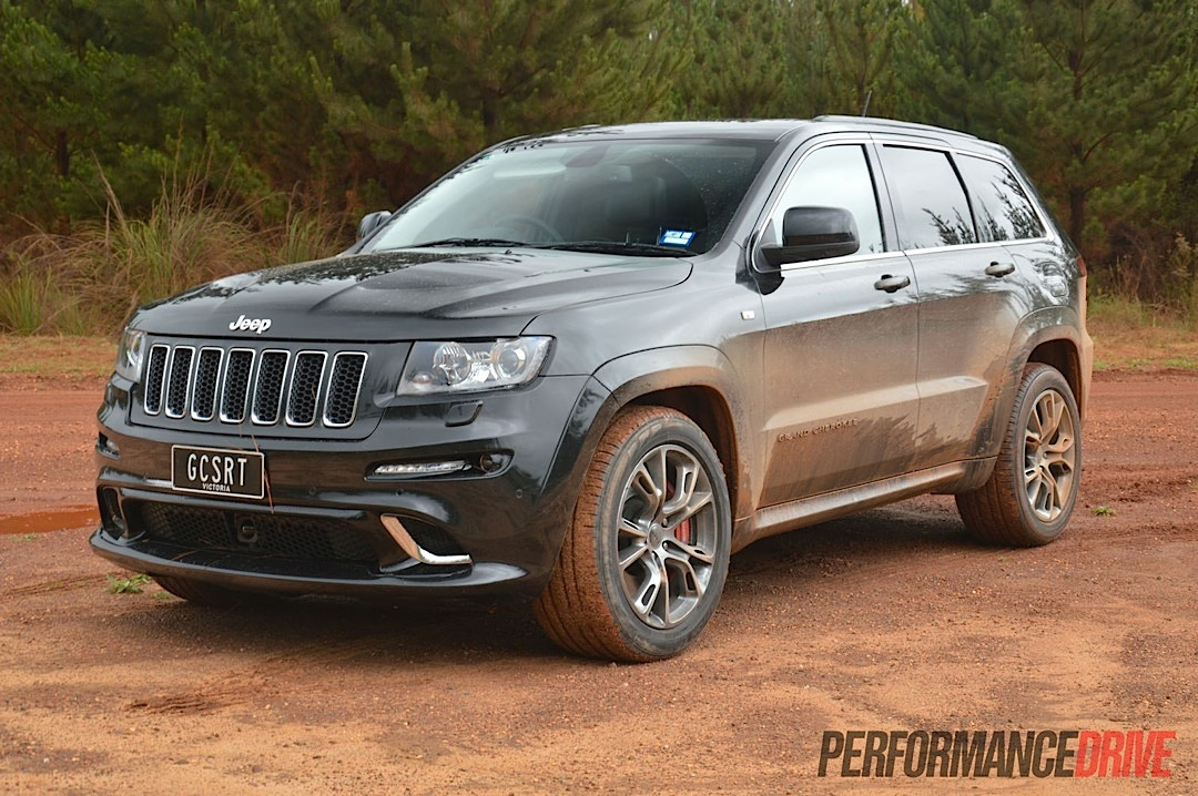 2013 jeep grand cherokee srt8 brilliant black. Black Bedroom Furniture Sets. Home Design Ideas