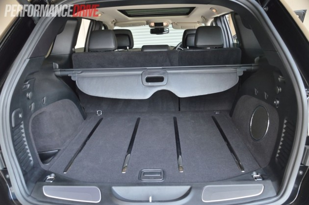 2013 jeep grand cherokee srt8 cargo space. Black Bedroom Furniture Sets. Home Design Ideas