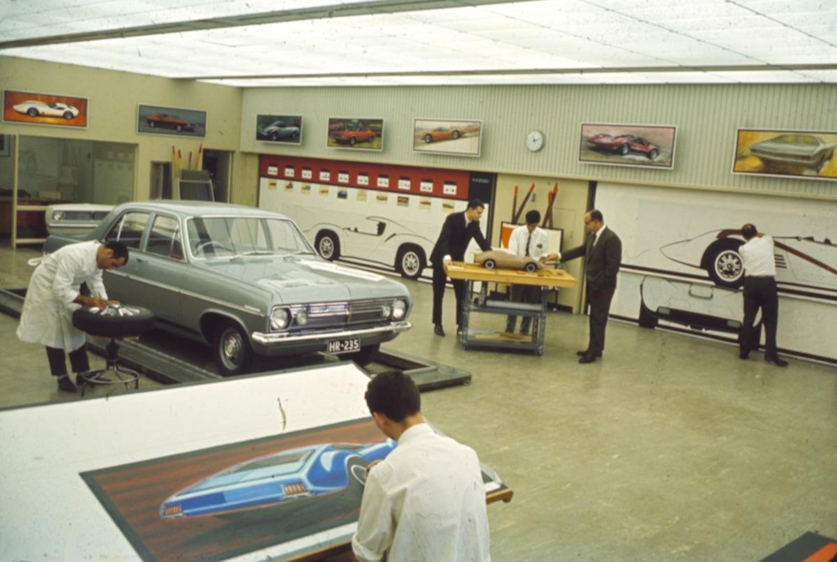 Holden design studio 1969 hr concept car for Australian design studio