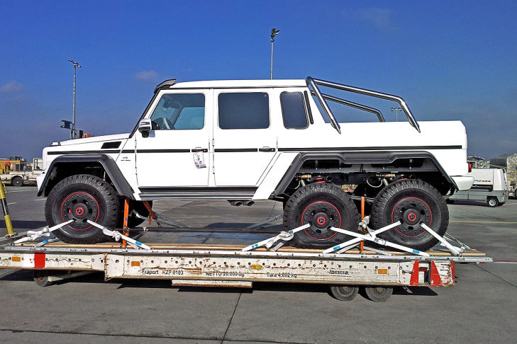 Mercedes benz g 63 amg 6x6 ute spotted performancedrive for Mercedes benz g wagon 6x6